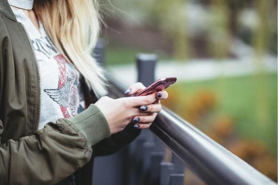 Mobiilipelaaminen